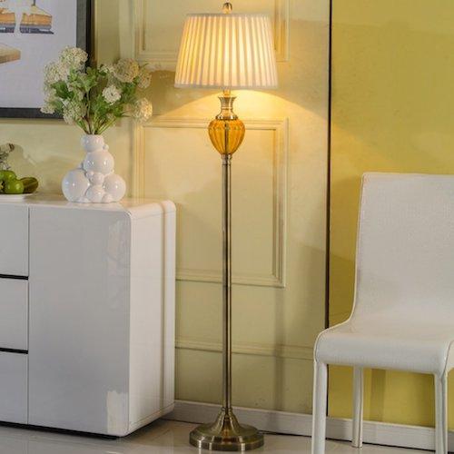 Lámpara de pie de cristal rústica